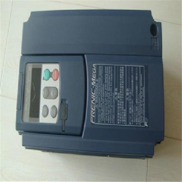 489.00$  Buy here - http://alitvn.worldwells.pw/go.php?t=1865925241 - FRN2.2G1S-4C 2.2KW 2200W Inverter 5.5A 400V Three-phase Variable Frequency Drive VFD Inverter