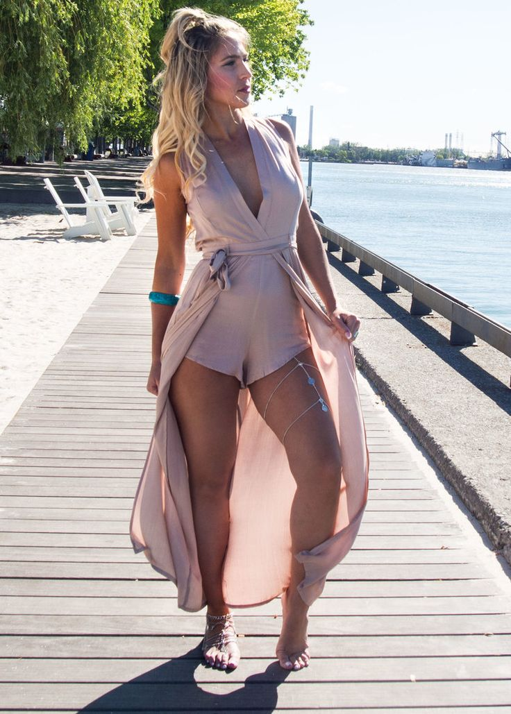 RUNAWAY THE LABEL - CAD$87 ON SALE