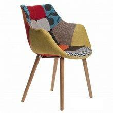 Flot og farverig patchwork stol, findes også i andre farver.