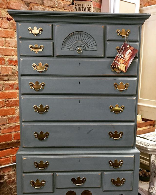 1000 Images About Smoky Mountain Gray On Pinterest Stencils Clay Paint And Three Little Birds