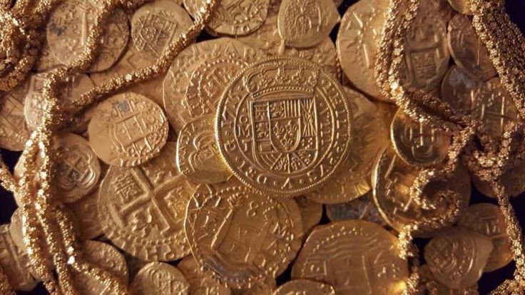 A Spanish Coin Worth $500, 000 Was Just Found In a Florida Shipwreck #double #eagle #gold #coin http://coin.remmont.com/a-spanish-coin-worth-500-000-was-just-found-in-a-florida-shipwreck-double-eagle-gold-coin/  #spanish coins # If you've ever seen a guy waving a metal detector around on an empty beach and immediately judged him as a crazy Illuminati-fearing moon-landing-denier, know this: There's still plenty of treasure to be found at the bottom of the sea. Including rare gold coins valued…