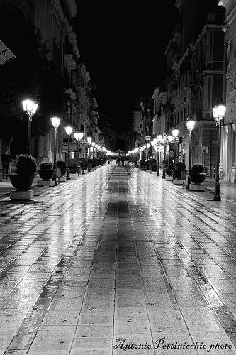 Taranto di notte - via D'aquino
