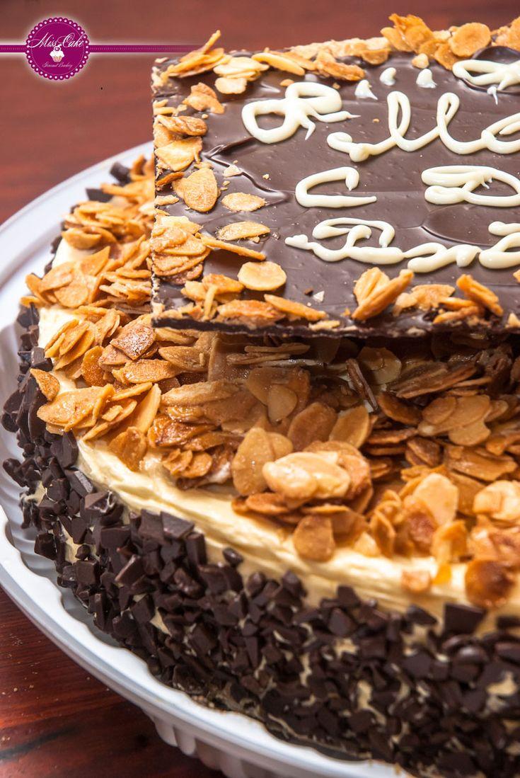 Юбилейный торт на заказ в шантимеле