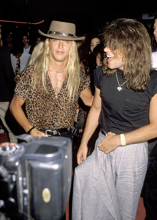Bret Michaels & Jon Bon Jovi in 1 pic...hooray! This is one of the most amazing pictures I have ever seen.