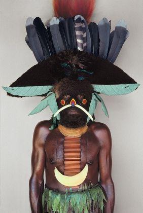 Melpa tribesman, Baiyer River, W.Highlands - Malcolm Kirk: Man as Art