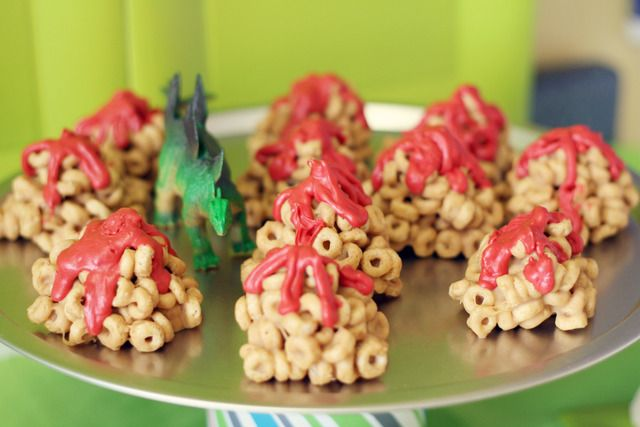 Love this dino party- when will Z be old enough