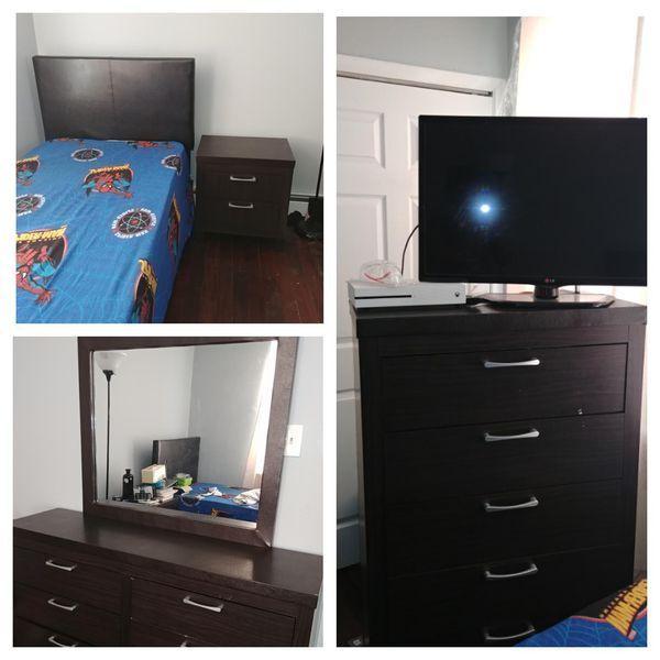 Used Normal Wear 5 Piece Kid Bedroom Set Price Negotiable Make An Offer Kidsbedroomsets Bedroom Sets For Sale Kids Bedroom Sets Bedroom Sets