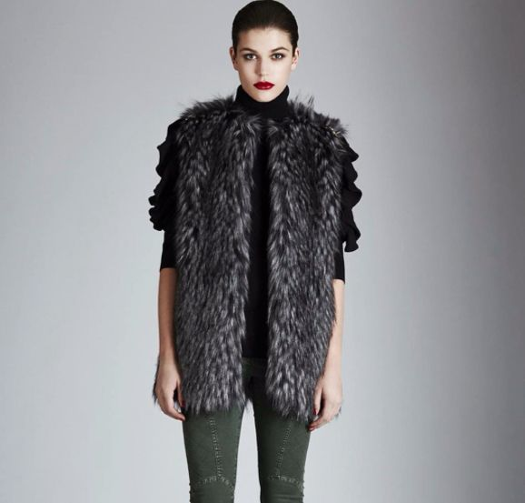 """For everyday life in winter time this grey fox fur """"Oder"""" is perfect  Available on our shop online: www.mangano.com"""