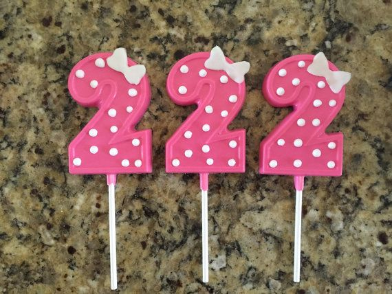 12 number chocolate lollipops / suckers  by Chevonscouturesweets
