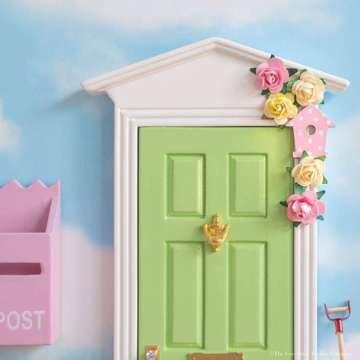25 best ideas about fairy doors uk on pinterest diy for Fairy door with key