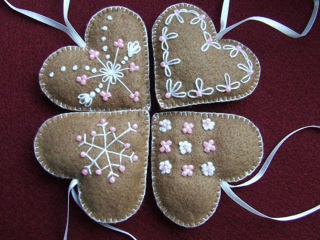 Karácsonyi dekoráció - szív  / Felt Christmas ornaments - heart