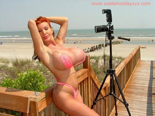 holiday breast sable