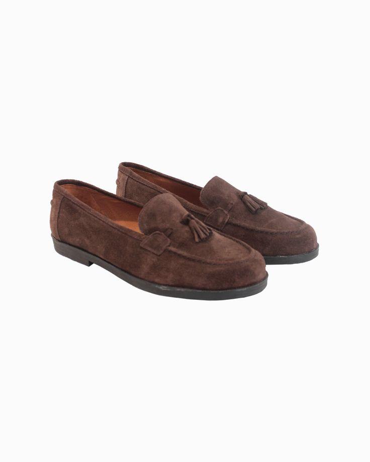 Chuches brown napa mocassins with rubber sole #arropame #conceptstore #bilbao #fashion #shoes #mocasin #agender #gifts #regalo http://arropame.com/mocasines-chuches-una-necesidad-una-casualidad-un-descubrimiento-un-deseo/