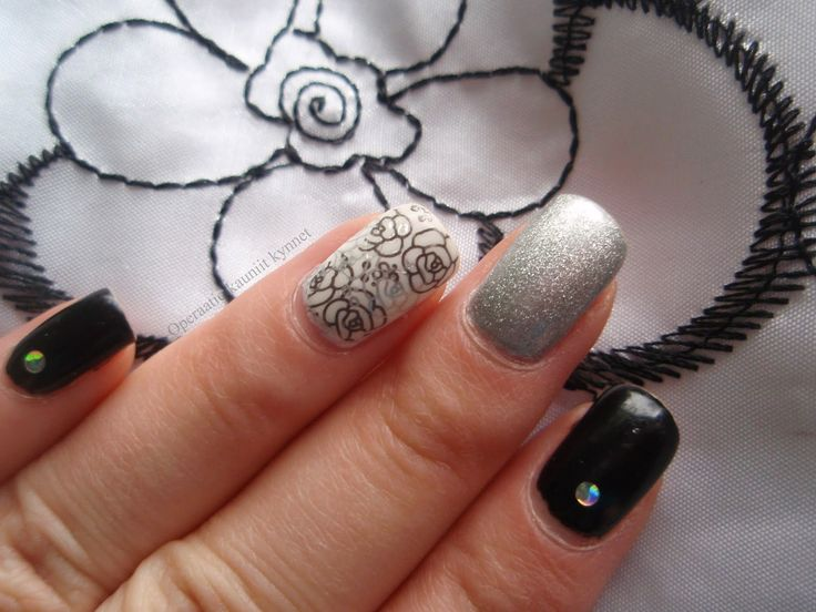 OPI This Gown Needs A Crown, Gina Tricot Black, Gina Tricot White (Stamping with Depend 223 & Gina Tricot Black)