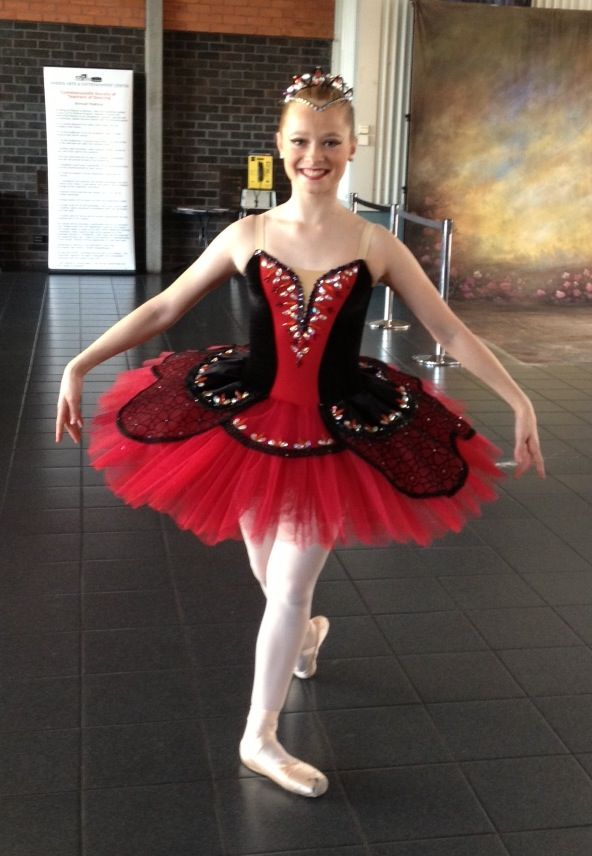 17 Best images about * Classical tutus black and red on Pinterest | Spanish Moscow and Bolshoi ...