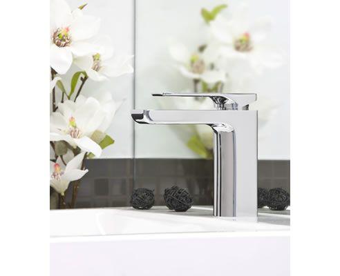 We love this glossy basin mixer from Phonenix - a big favourite here in the Spec-Net office!: http://www.spec-net.com.au/press/0212/pho_150212.htm #tapware #basin #mixer #bathroom #modern #sleek #specnetloves
