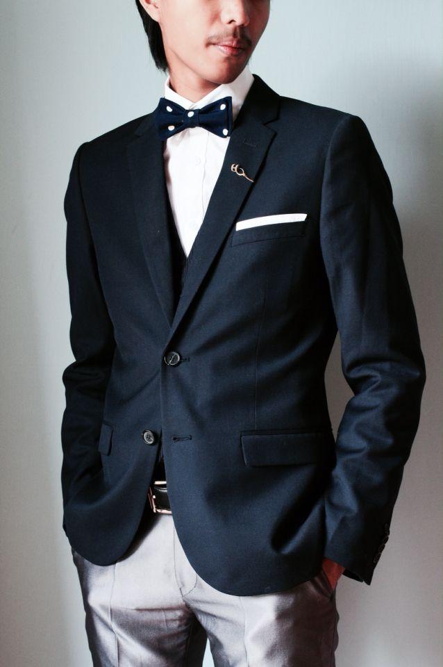 Detail of Men Suit