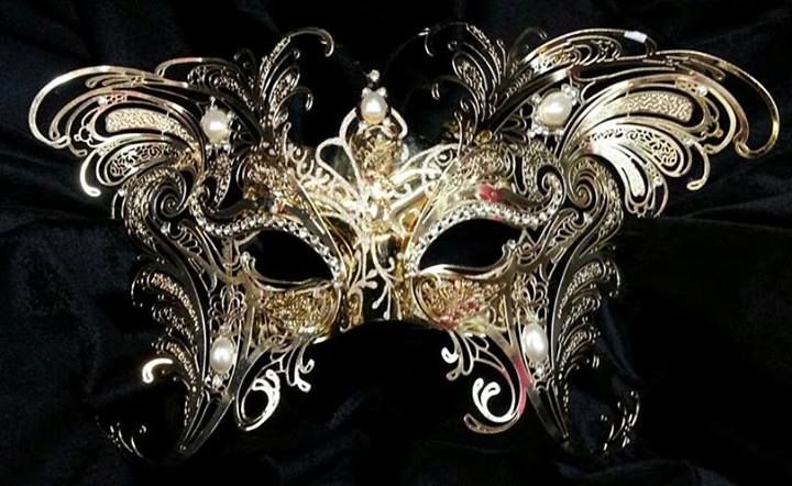 18 best Masquerade, Ballgowns, and Mardi Gras images on Pinterest ...
