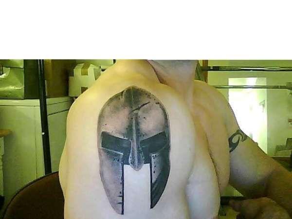 spartan helmet tattoo   spartan helmet tattoo