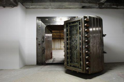 9 Best Inspiration Vaults Images On Pinterest Bank Safe