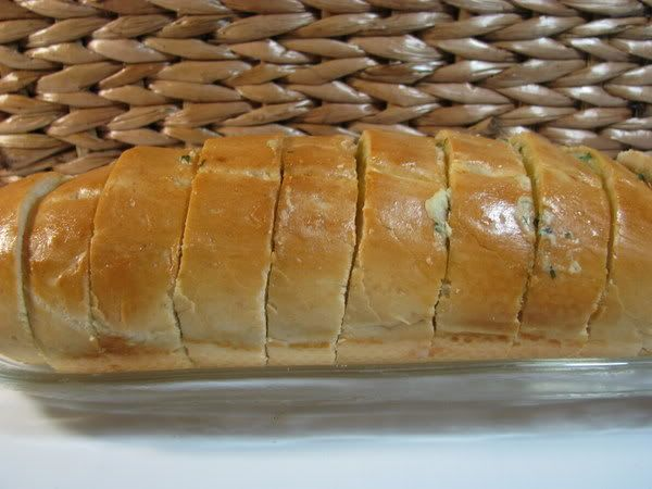 Forum Thermomix - The best Thermomix recipes and community - Cheesy Garlic Bread - with photos