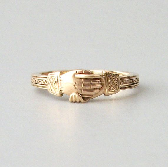 Antique Fede Gimmel Ring. TheDeeps, Etsy.