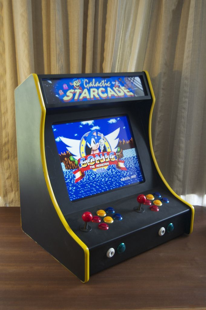 DIY 2-Player Bartop Arcade Machine (Powered by Pi)