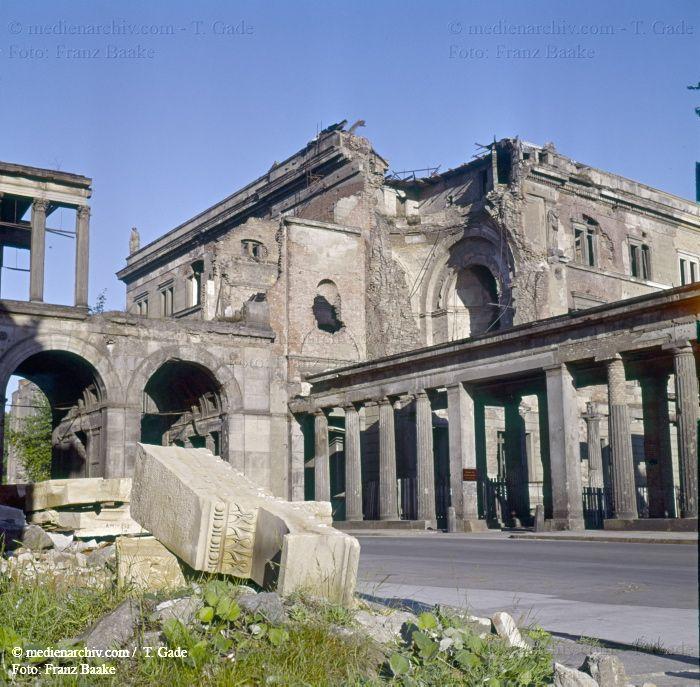 Berlin-1960-1961 1960  Berlin  DDR  Deutschland  Germany  Kriegszerstörungen  Mitte  Museumsinsel medienarchiv.com fotos