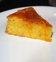 Λαχταριστή πορτοκαλόπιτα περιχυμένη με σιρόπι