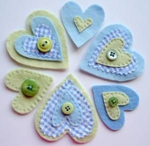 Linen and Roses - blue felt heart embellishments by Camisgarcia