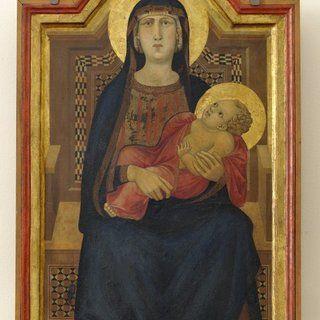 Il Museo di San Casciano ospita anche la prima opera nota di Ambrogio Lorenzetti, datata al 1319: La Madonna col bambino; anch'essa proviene, come il dossale di Coppo di Marcovaldo, dalla Chiesa di Sant'Angelo a Vico l'Abate.