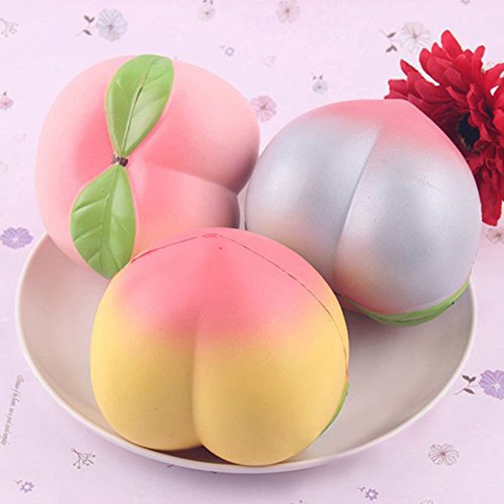 New Arrival Colossal Squishy Peaches 10CM Pink/White Peach Squishy Slow Rising Cream Scented Kids Toy Christmas Gift Present