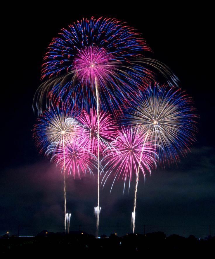 「昨年の失敗をバネに臨む「四尺復活」。世界最大の打ち上げ花火としてギネス記録認定された花火を見逃すな」の関連画像6/6です。