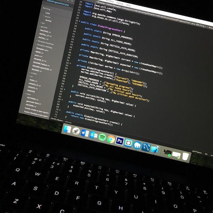 Trying out Brackets as a new text editor what text editor do you use? . . . . . . . . #geek #nerd #tech #startup #programmer #programming #coder #coding #code #developer #dev #compsci #setup #macbook #engineer #workhard #nyc #London #newyork #software #softwareengineering #sanfrancisco #html #css #ruby #js #javascript #java