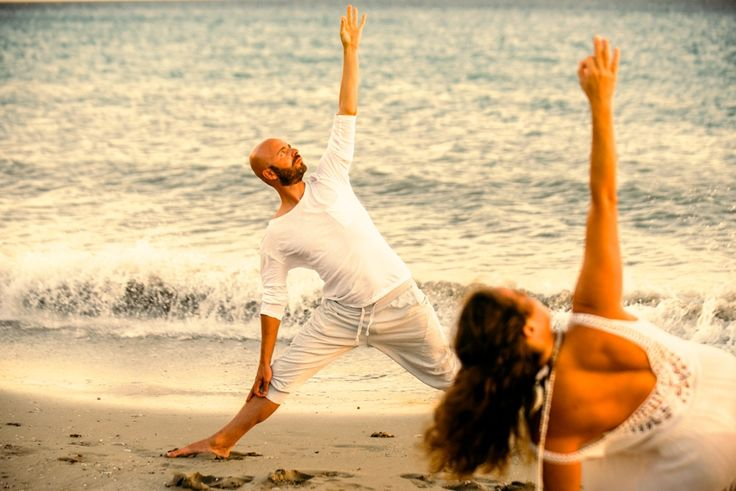 Meditativ Yoga-ferie på Lesbos, Grækenland | 17.- 24. september 2017 - På den Græske ø Lesbos findes et lille hjørne af paradis kaldet Molivos. Her Kombinerer vi rolig, dybtvirkende meditativ Yoga, med solferie og ægte Græsk madkultur. 2 gange dagligt mødes vi i den naturligt afkølede Yoga sal, som ligger centralt og tæt på