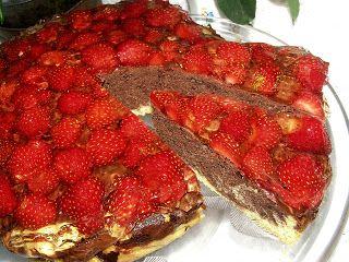 W Mojej Kuchni Lubię.. : z budyniem ciasto z truskawkami i galaretką...