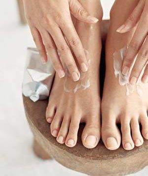 whether you have 2, 5 or 35 minutes, here are some pedicure tips!