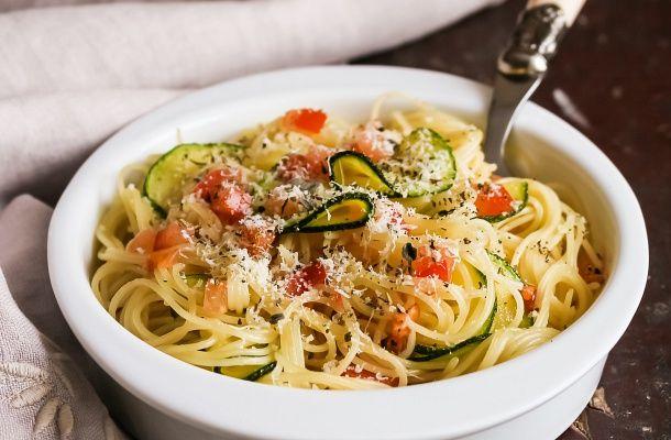 25 perces parmezános, cukkinis spagetti   femina.hu