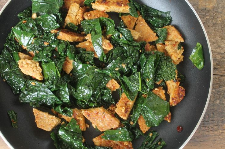 Spicy Chipotle Tempeh with Dinosaur Kale and Quinoa
