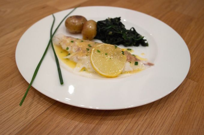 Turbot with Beurre Blanc, Spinach and new potatoes - www.FoodFamily.net
