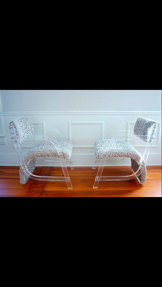 Gorgeous Pair Of Rare Lucite Chairs Hill Mfg Labeled Mid