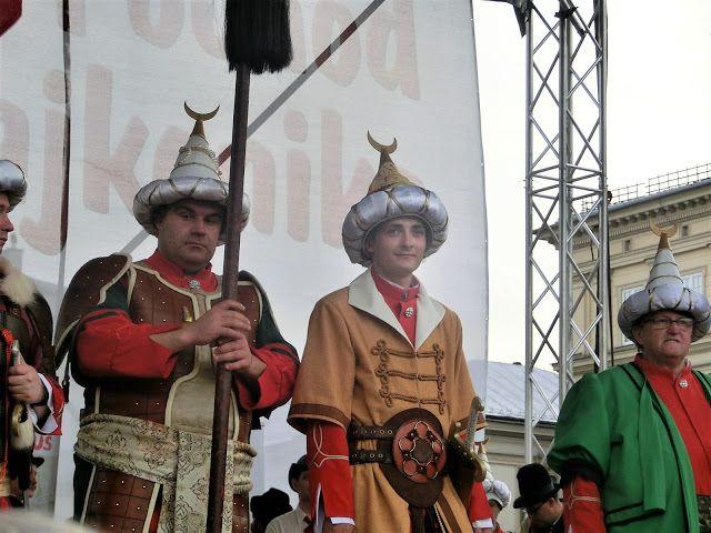 WWW Wiersze Wycieczki Wspomnienia: Lajkonik na krakowskim rynku 2017