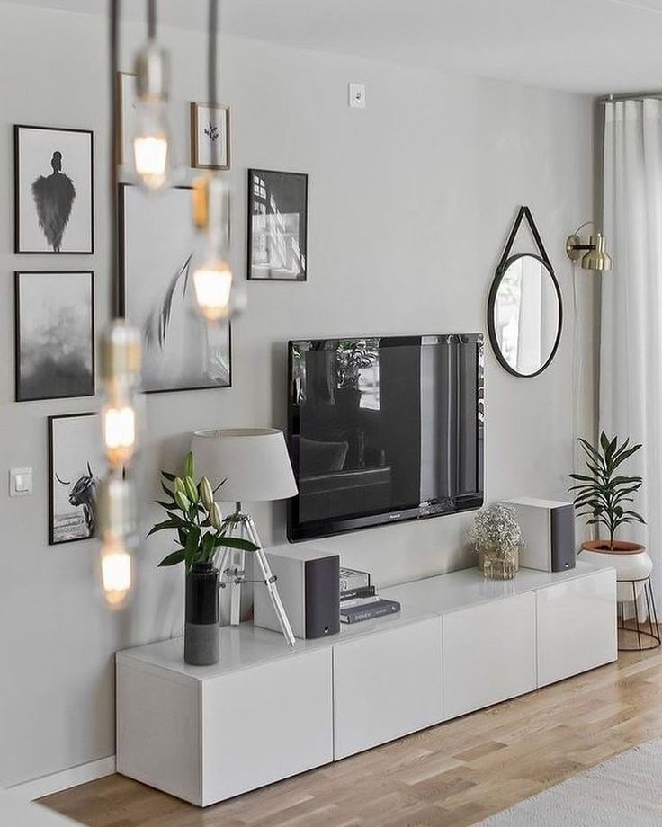 Focus Wall Design Inspiration For Small Living Room By Spruceandstyleng Aspru Living Room In 2020 Scandinavian Design Living Room Living Room Scandinavian Chandelier In Living Room