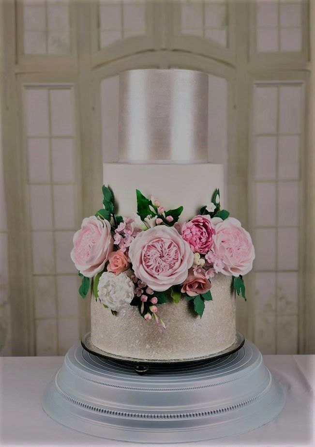 The Chic Tecgnique 3 Tier Modern Elegant Wedding Cake With Sugar