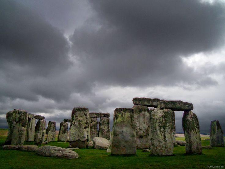 blog.RichHall.com: Storm at Stonehenge (Stormhenge) taken 2011-10-04 ...