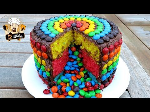 Découvrez comment réaliser un délicieux Piñata Cake #DIY #food