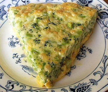 BROCCOLI QUICHE     Per Serving: 379 Calories; 32g Fat; 18g Protein; 5g Carbohydrate; 2g Dietary Fiber; 3g Net Carbs