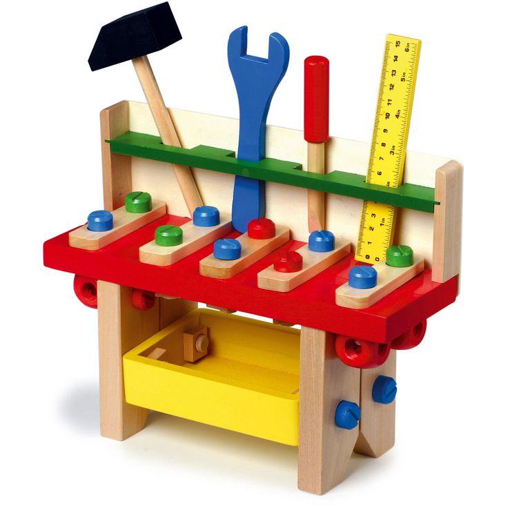 Jucăria de lemn perfectă pentru micii meșteri! Aceasta trebuie montată folosind șuruburile din lemn, înainte de a fi folosită. Este echipată cu toate uneltele necesare pentru ca cei mici să practice diferite activități de lucru și să-și dezvolte abilitățile, distrându-se. #woodentoys #woodentoolkit #montessori #jucariidinlemn #jucariionline #jucariieducative