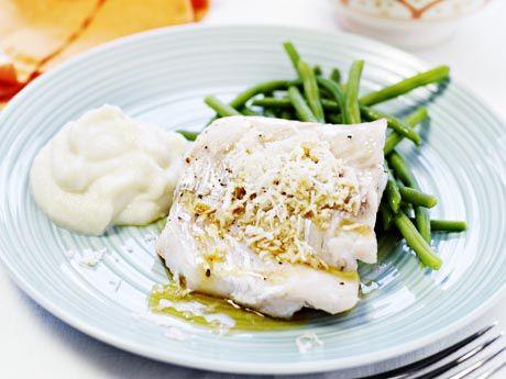 Matjessill i citron- och örtsås | Allt om Mat
