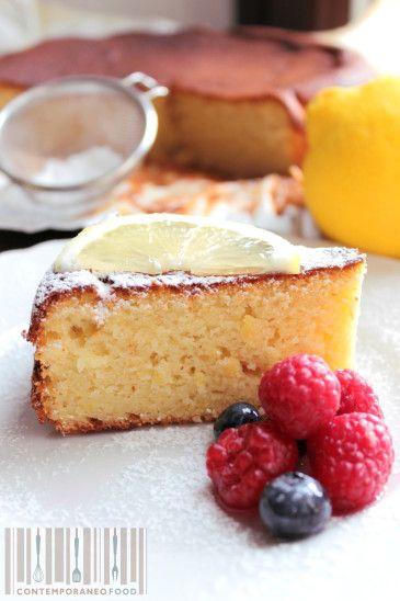Torta al limone e olio d'oliva con farina di farro